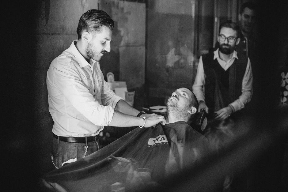 bullfrog-barber_gentlemansride-preparty-zurich_01