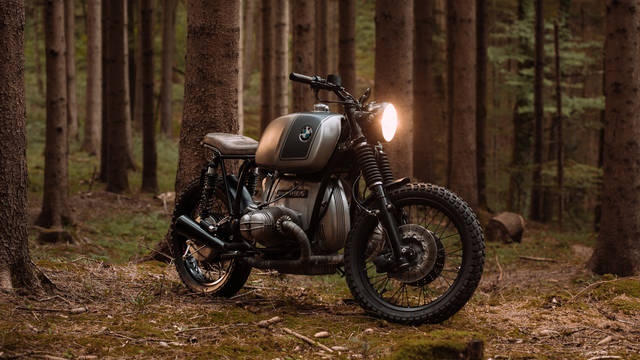 BMW R90/6 scrambler by Kontrast Kreations